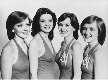 The Nolans-Gotta Pull Myself Together21b.jpg